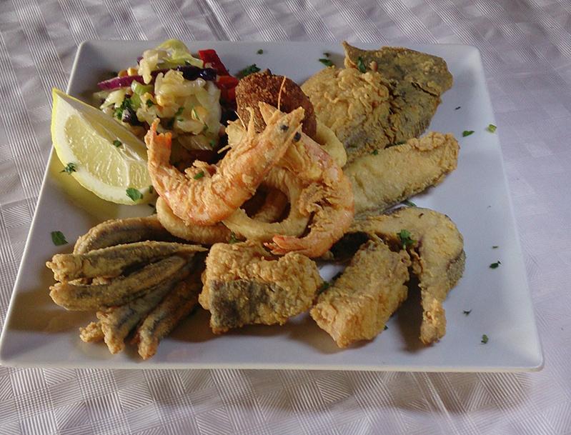 ¿Dónde comer pescado frito en Almuñécar?