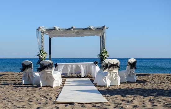 Guión para boda civil diferente y divertida